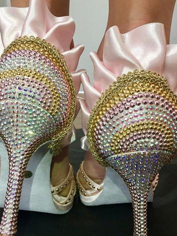 scarpe da sposa rosa con pizzo
