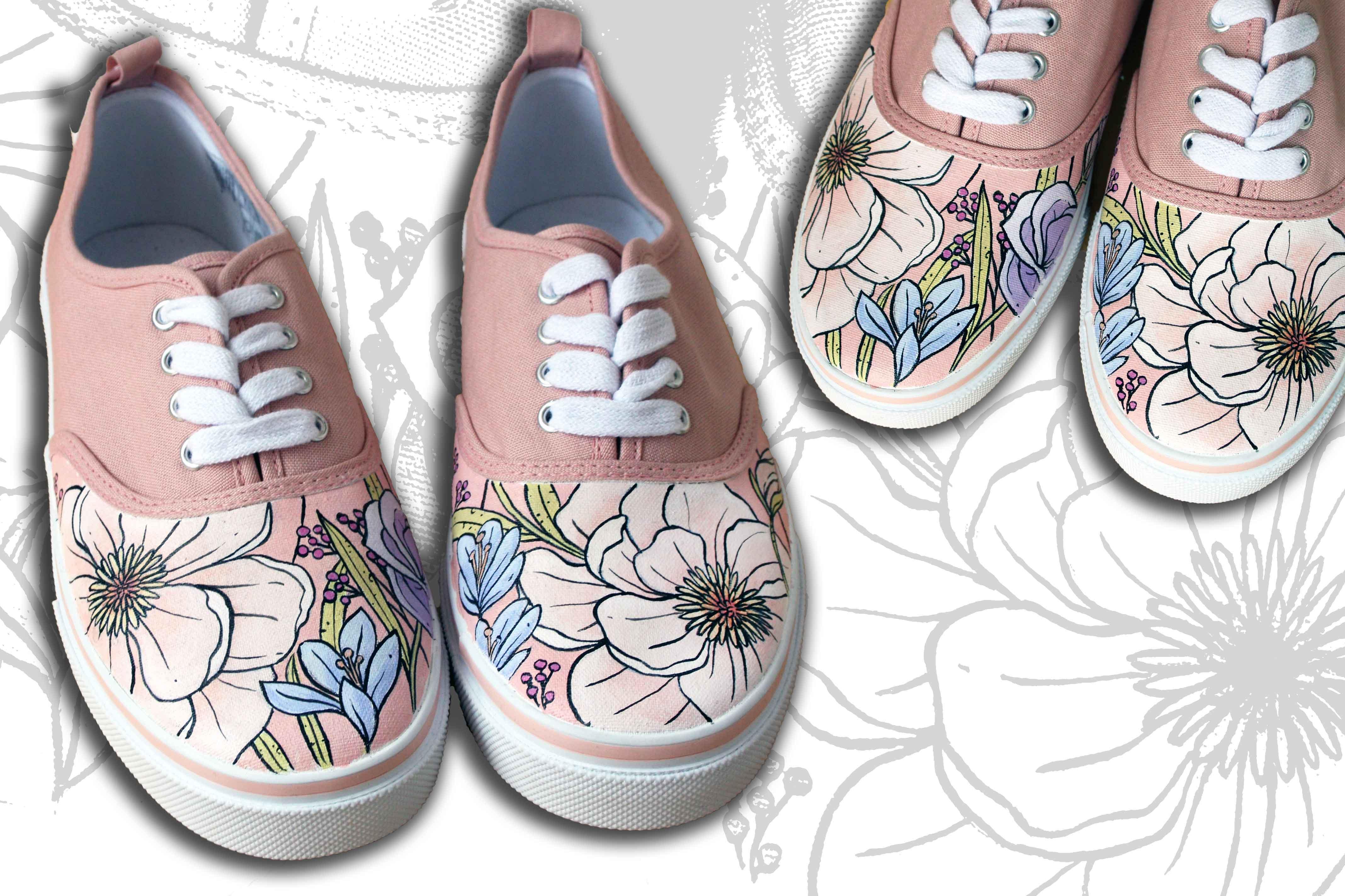 scarpe dipinte a mano con fiori