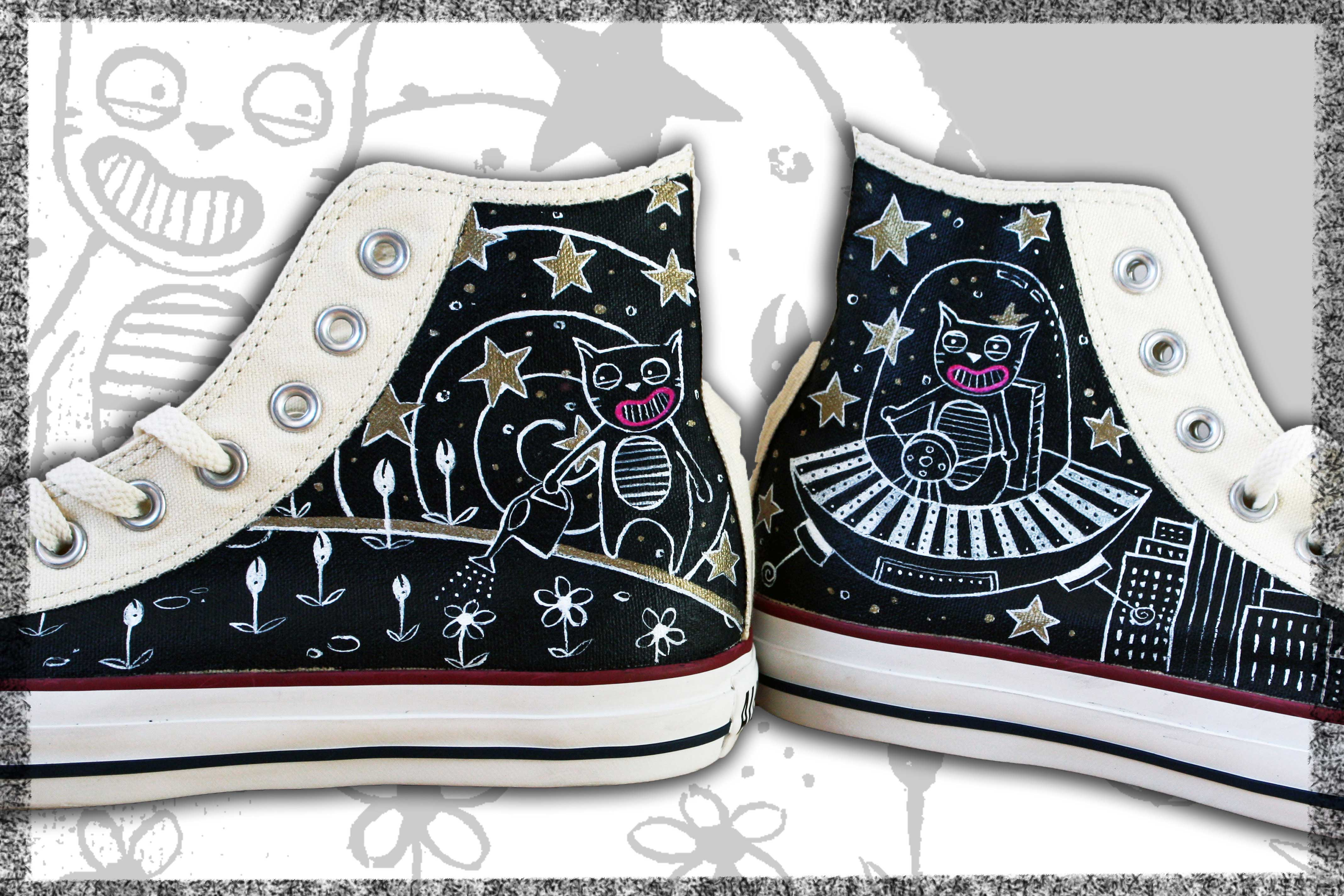 scarpe converse diinte a mano