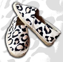 esapdrillas con dipinto leopardato