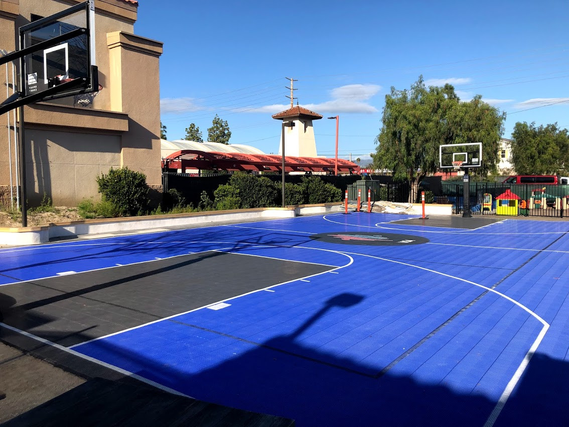 Basketball court 3.jpg