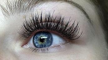 hybrid-ecuabella-lashes.jpg