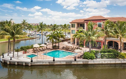 Naples Bay Resort and Marina6.jpg