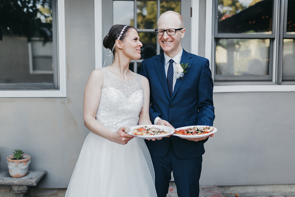 san jose backyard wedding rund table pizza