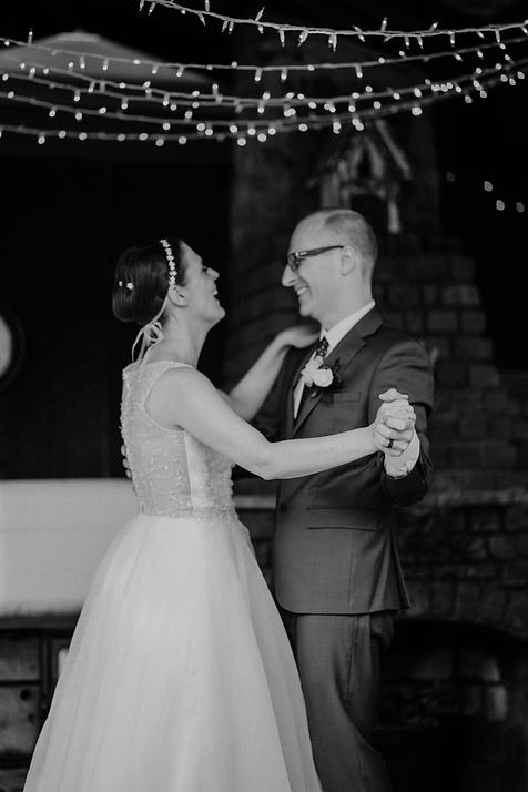san jose backyard wedding first dance