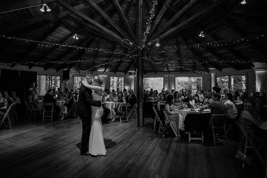 henrik ibsen park wedding bride and groom first dance
