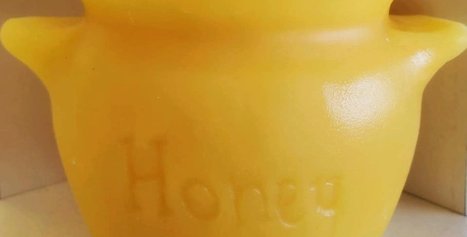 Local Beeswax Honey Pot Candle