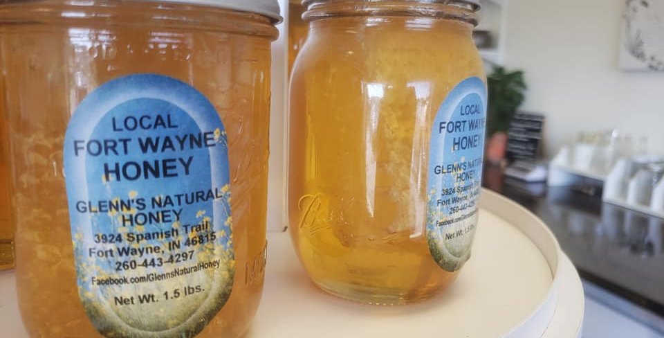 Local Raw Honey with Comb-Pint