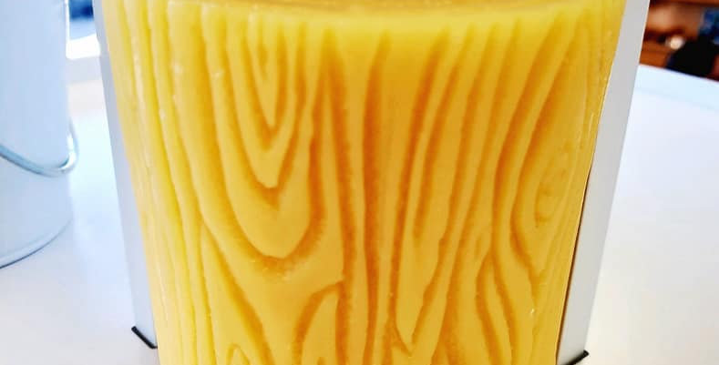 Local Beeswax Wood Grain Candle