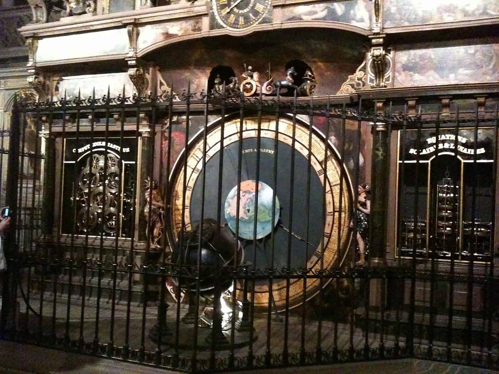 Astrometric clock (2)