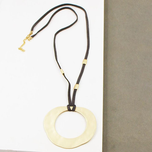 Large hammered open circle pendant suede necklace