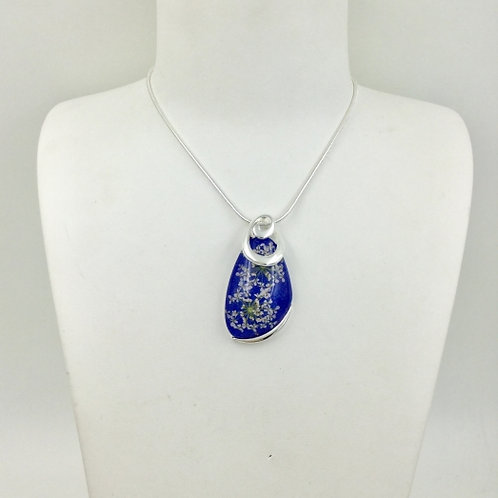 Silver Costume Dark Blue Resin Pendant with Wild Flowers