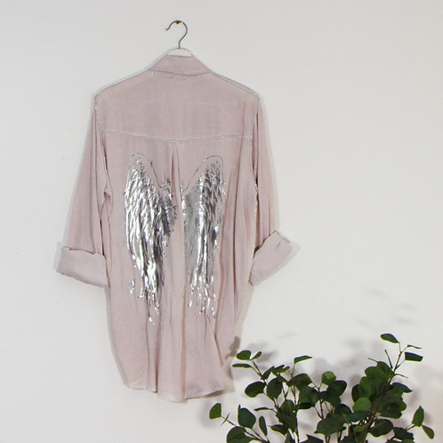 Vintage wash shirt with silver hot print angel wings -Pink