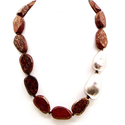 Random mottled wood bead necklace with pearl accent -Red