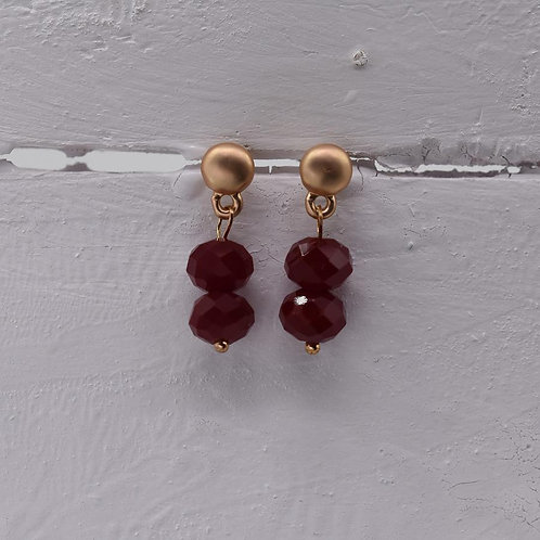 Delicate beaded drop earring - matt gold and red