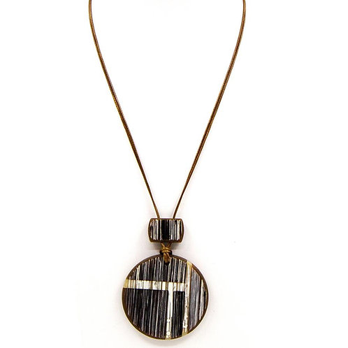 Rustic resin long disc pendant necklace - Brown
