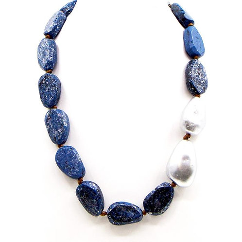 Random mottled wood bead necklace with pearl accent -Teal