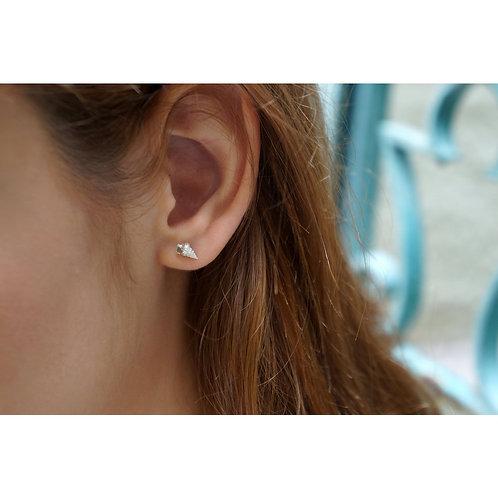 Tiny sterling silver Sea SHELL cute Stud Earrings