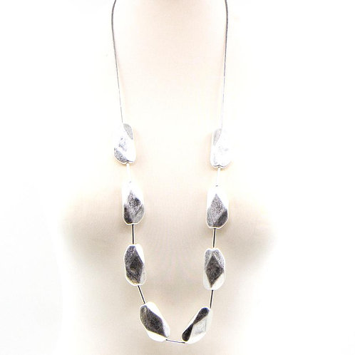 Long necklace with facetted beads -silver grey