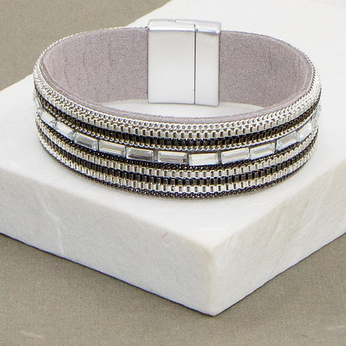 Grey magnetic close bracelet bead chain