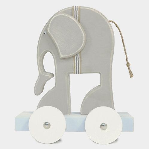 Humphrey elephant on wheels