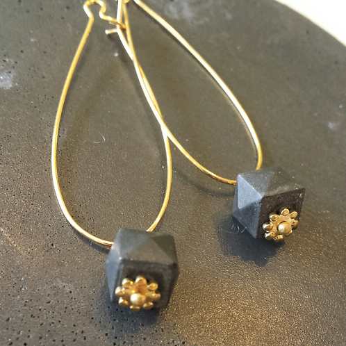 Drop earrings with small hexagonal concrete cube