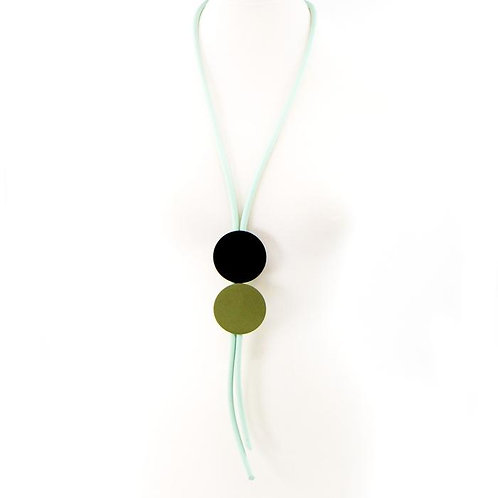 Double disc Y-shape neoprene necklace- Black and green