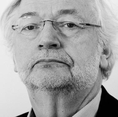 Rik Van Cauwelaert