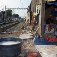 Senen, living along the railway