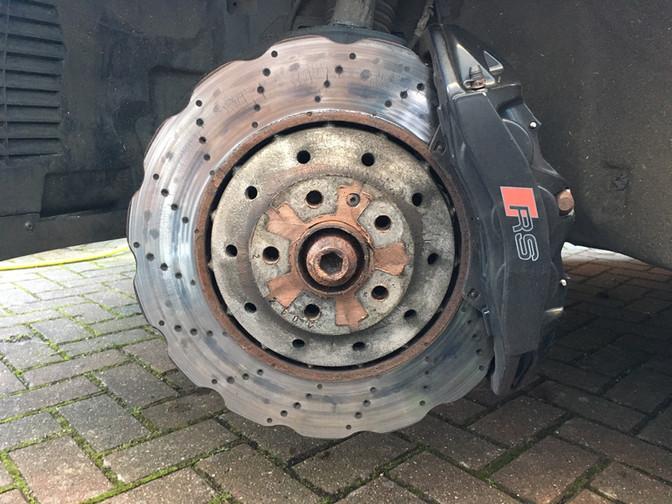 Worn brake disc's
