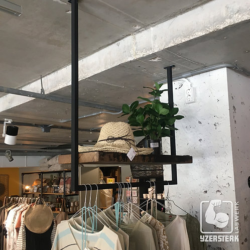 Hangsysteem met plank