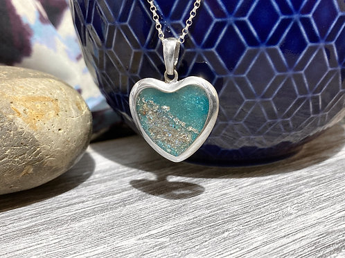 Sterling silver ashes heart pendant & chain