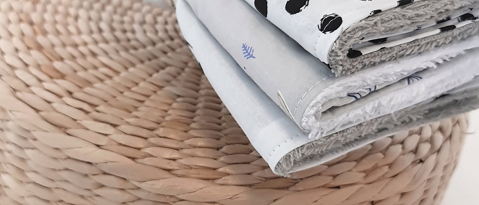Grey Dots Small Towels Set