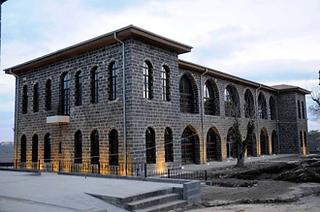 105685,diyarbakir-ic-kale-adliye-a-binas