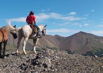 Juliette Masure Chilcotin Mountain British Columbia Canada ranch pack trip horse cheval montagnes randonnée médiation équine équithéapie