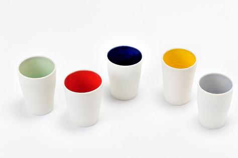 Tasses porcelaine couleurs pétillantes