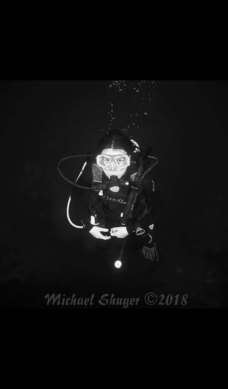 Lili Shuger Dive 2