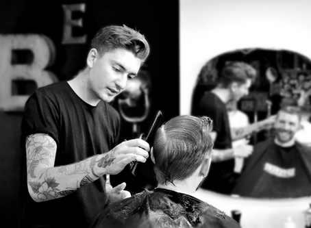"""We maximize our profits and organise our day with Beu"" - Elliott, Hounds Barbers"