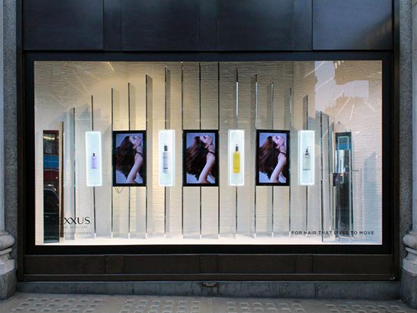 Digital Signage Selfridges 01