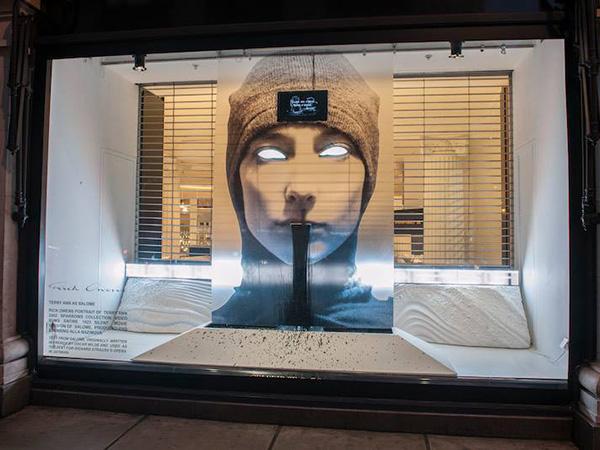 Digital Signage Selfridges 06