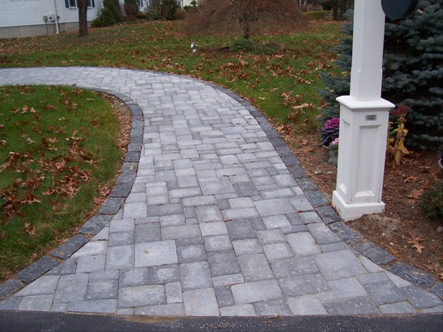 Walkways and Patios 40.jpg