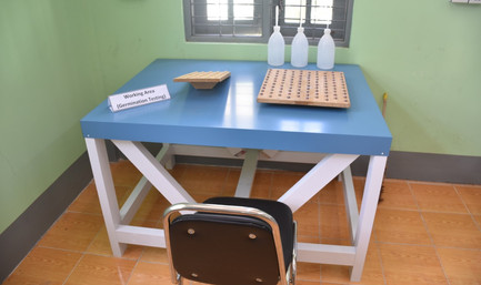 Seed Lab work-bench