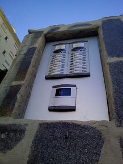 portero automatico con control de accesos mediante llaves electronicas