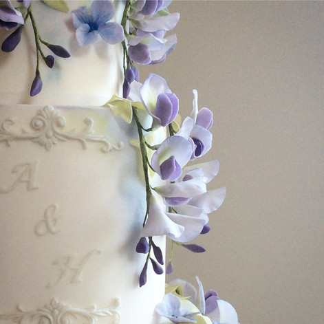 Wisteria sugar flowers