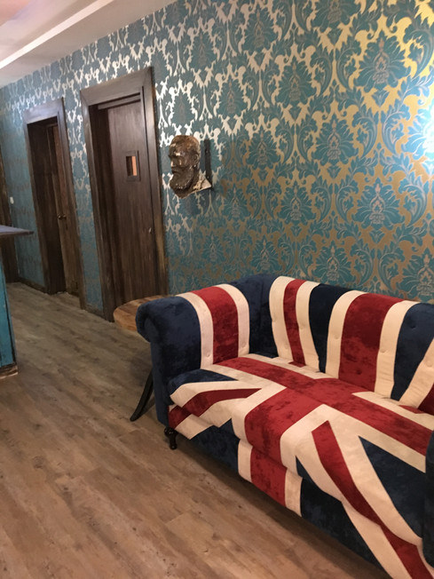 Relax in the bar Union Flag Sofa