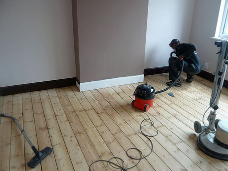 floor sanding South London,floor sanding South East London, sanding, floor restoration, floor fitting, new floor fitting, parquet floor restoration, parquet floor fitting, floor renovation, South London, London