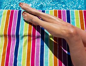 summer feet.png