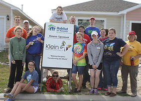 Klein Youth working at Habitat Buile