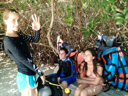 How to assemble your scuba gear with your instructor at Casa cenote near Playa del Carmen