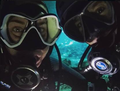 Women scuba diving, get wet dive guide in Tajma Ha cenote near Playa del Carmen Mexico